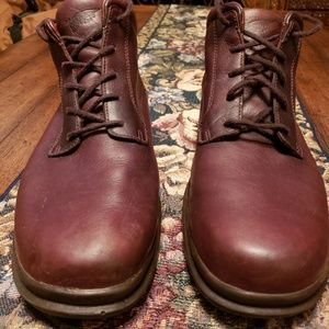 Red Wing Mens Chukka boots